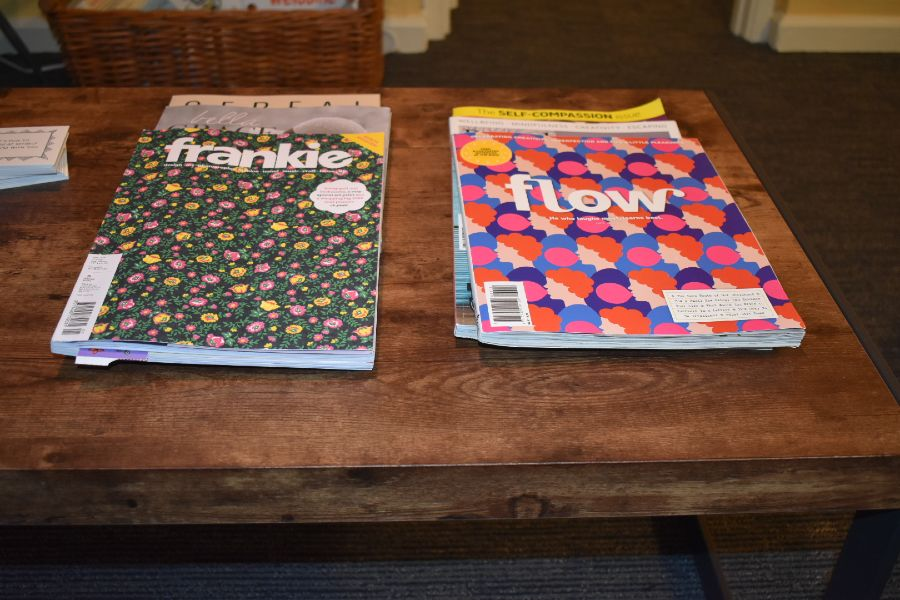 Magazines on table in Capitol Hill therapy practice entry room