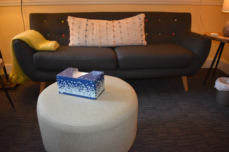 Lisa Kothari's Seattle therapeutic practice with comfy couch and tissues
